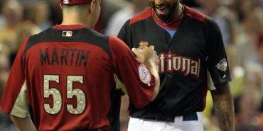 Matt Kemp talks to Russell Martin at the 2011 Home Run Derby